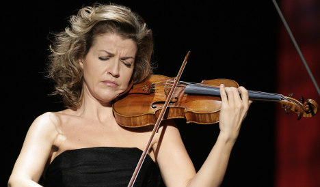 Violinist calls for tax changes to favour supporting the arts