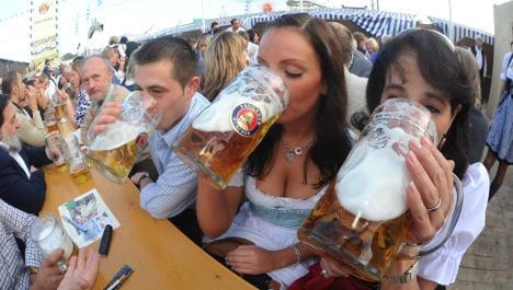Oktoberfest beer prices to crack €9-mark
