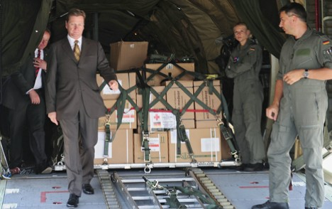 Westerwelle makes surprise trip to Libya