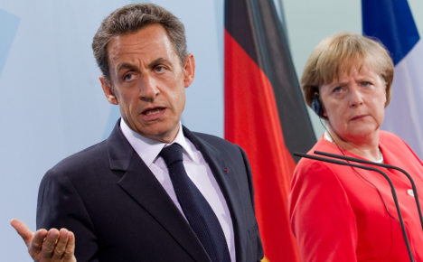 Berlin and Paris call for urgent Greece bailout