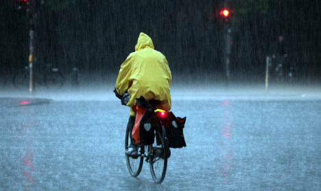 Fierce storms batter northern Germany
