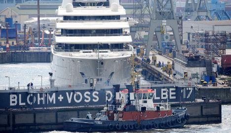 ThyssenKrupp ship joint venture runs aground