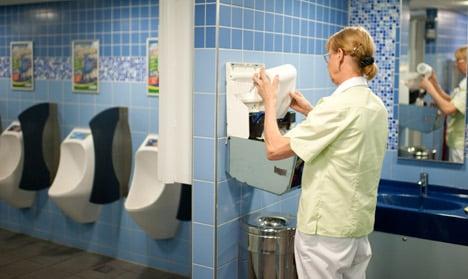 Wave of toilet stall door thefts hits Brandenburg