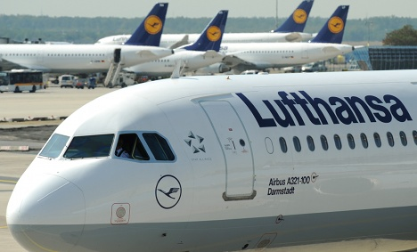 Not everyone cheering Lufthansa biofuel test
