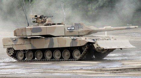 De Maizière rejects Saudi tank deal criticism