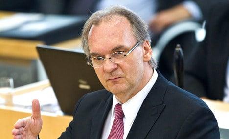 Saxony-Anhalt premier under fire for comparing police IDs to Jewish stars