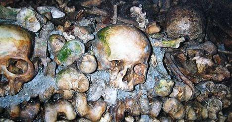 Drunken prank has spooky end in Paris catacombs