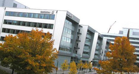 Ericsson shares slump despite profits boost