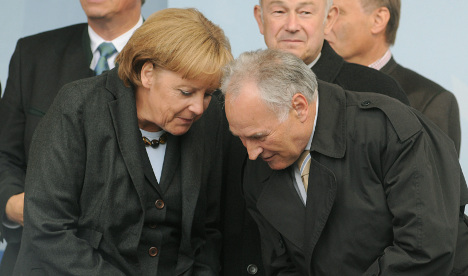 Former CSU boss slams Merkel's leadership
