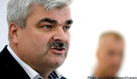 Juholt promises 21 concrete points of reform