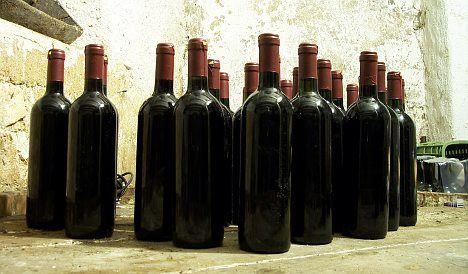 Smartphones help world's winemakers foil fraudsters