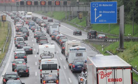 Weekend drivers face massive traffic jams