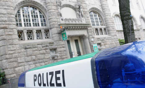 Rhineland cops under investigation for faking attack