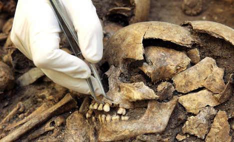 Mediaeval 'Black Death' linked to present plague