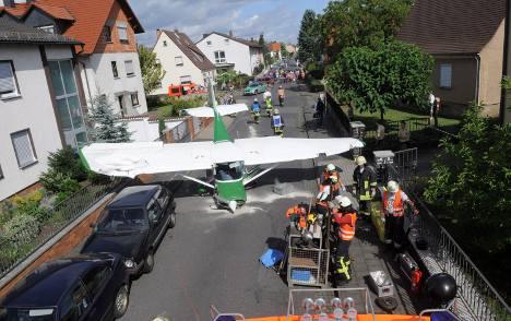 Small plane makes emergency road landing