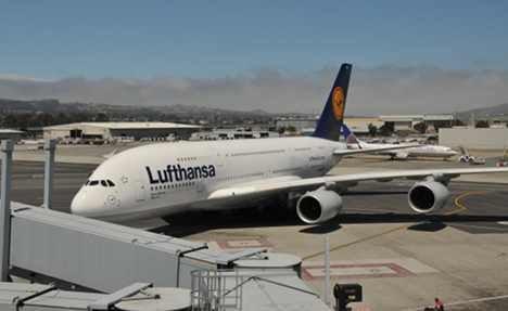 Lufthansa cancels all NY flights due to hurricane