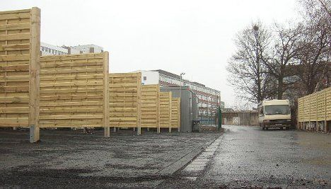 Zurich seeks loan for drive-in sex stalls