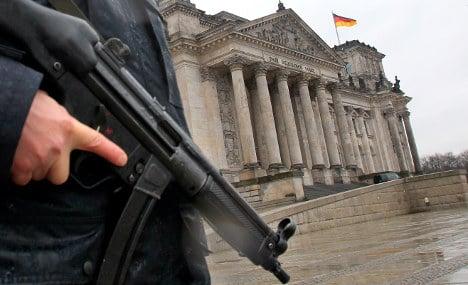 Merkel urges vigilance in face of terror threat
