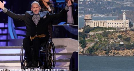 Handicapped Swede sets Alcatraz swim record