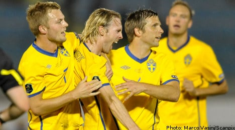 Swedes leave it late to beat San Marino