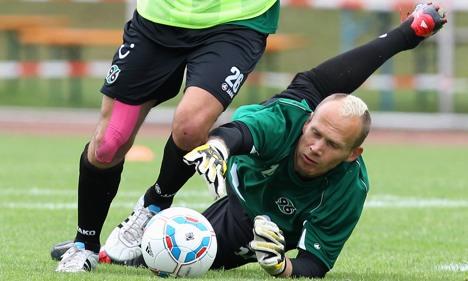 Second Hannover goalie battling depression