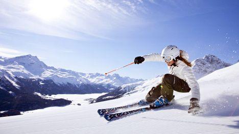 Strong franc sends Swiss tourism downhill