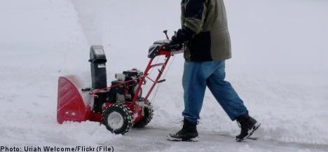 Police hunt snowblower, find moonshine