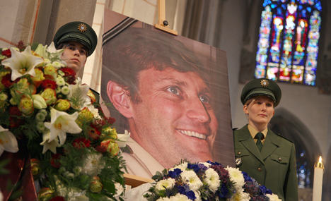 Mourners remember slain Augsburg officer