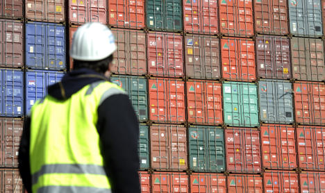 Trade surplus hits 3-year high on record exports