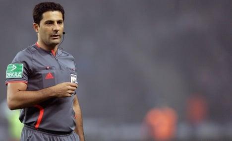 Referee attempts suicide before Bundesliga match