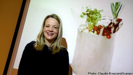 'Bag of groceries' named Christmas gift of 2011