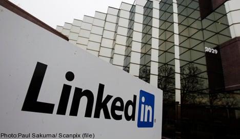 LinkedIn launches Swedish language site