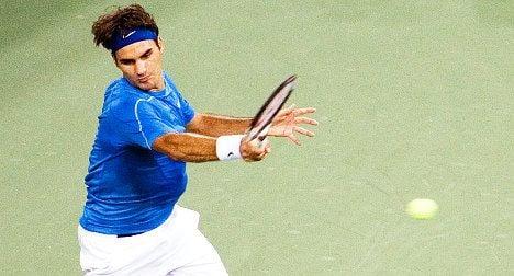 Homeboy Federer wins on return from break