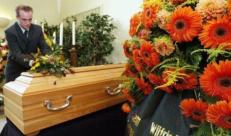 Discount undertakers hide real funeral costs
