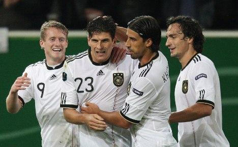 German team offered big bonus for Euro2012 win