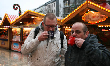 Mulled wine sales collapse in warm weather
