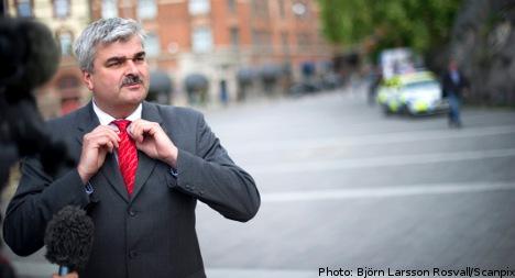 Juholt 'must step down': former minister