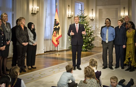 President avoids scandal in Christmas speech
