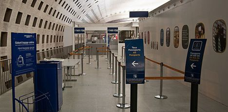 Paris airport security staff go on strike