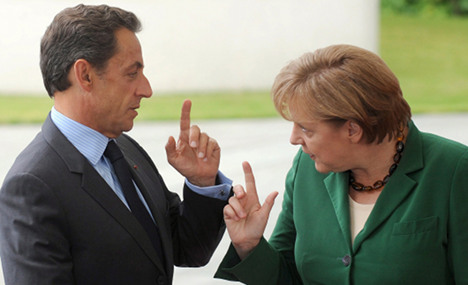 Merkel and Sarkozy in 'Dinner for One'