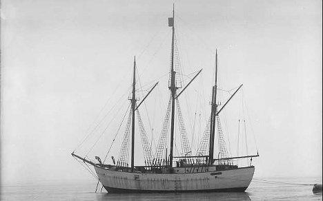 Canada may buy back Amundsen's Maud