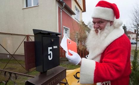 German Santa writes to thousands of good kids