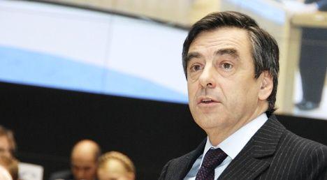 Fillon tells Socialists to halt anti-German jibes