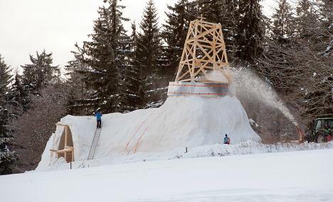 Bavarians build church out of snow