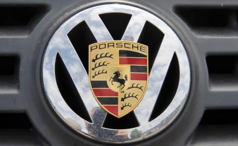 VW eyes 2012 merger with Porsche