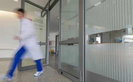 Virus sweeps through hospital cancer wards