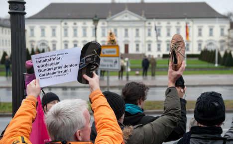 Merkel under pressure in president scandal