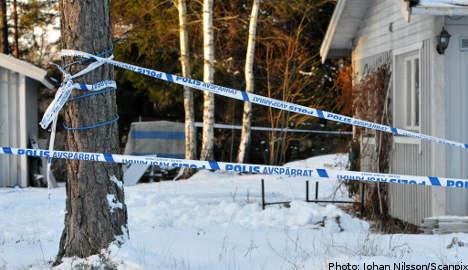 Boyfriend held for woman's fatal stabbing