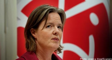 Social Democrats plumb new poll depths
