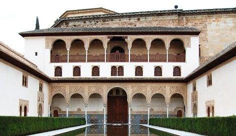 Swiss tourist arrested for Alhambra wall graffiti
